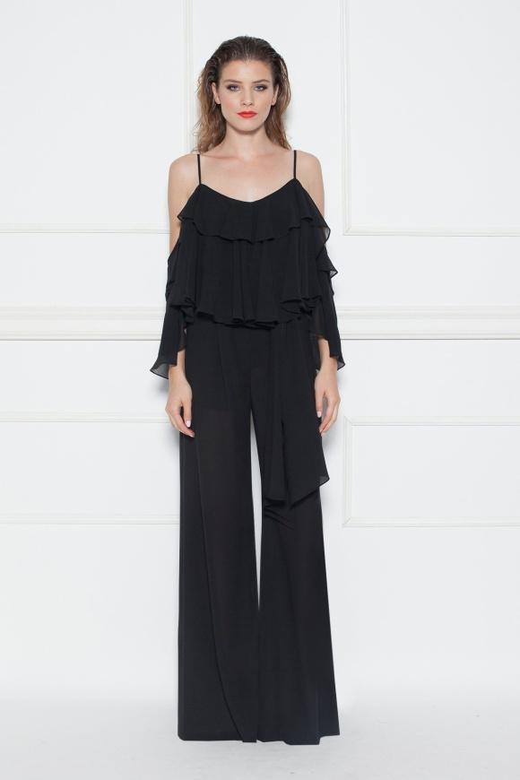 Czarne rozszerzane spodnie