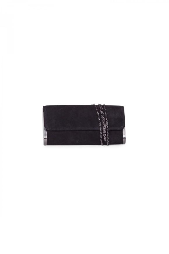 Czarna kopertówka ze srebrnym łańcuszkiem