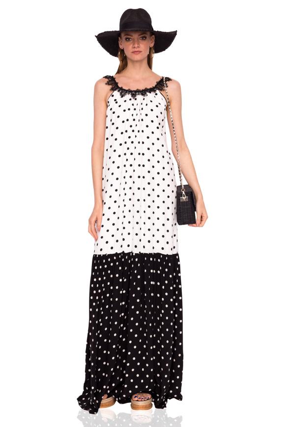 Długa czarno-biała sukienka w kropki