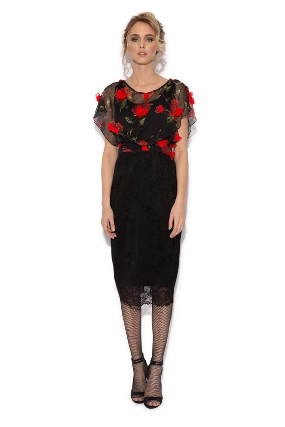 Czarna sukienka ołówkowa z trójwymiarowymi aplikacjami