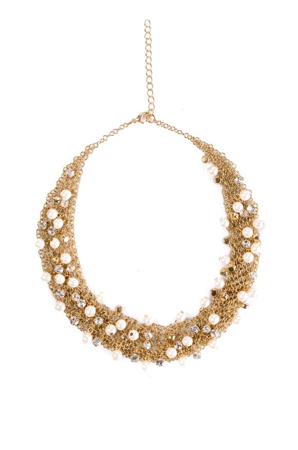 Naszyjnik z błyszczącymi kryształkami i perełkami
