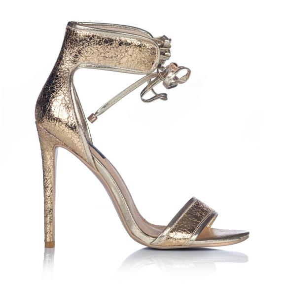 Sznurowane sandały ze złotymi wstawkami