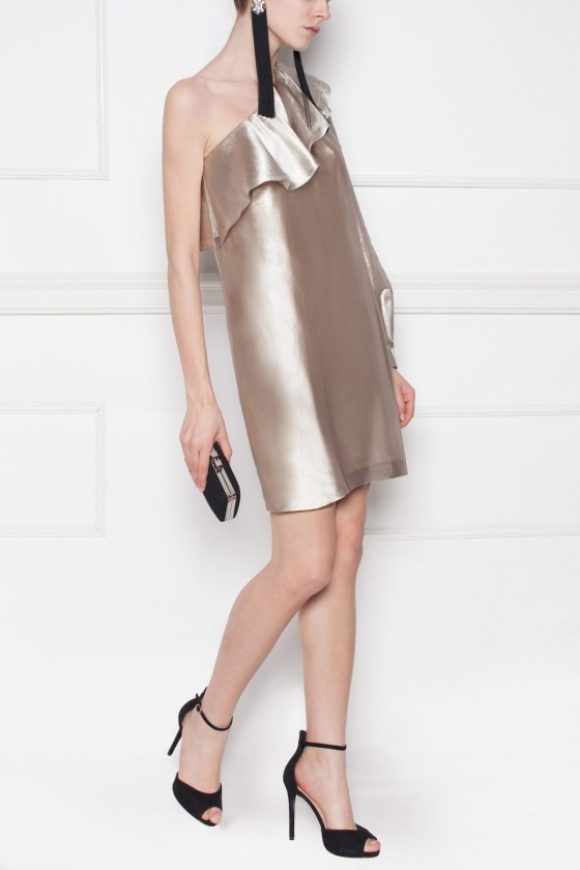 Wieczorowa metaliczna sukienka
