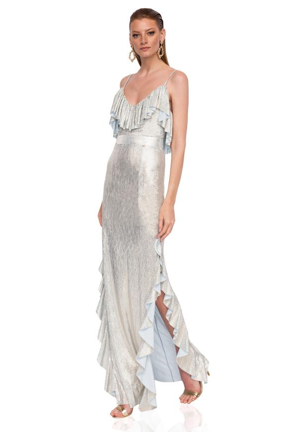 Błyszcząca sukienka z falbankami i rozcięciem z boku