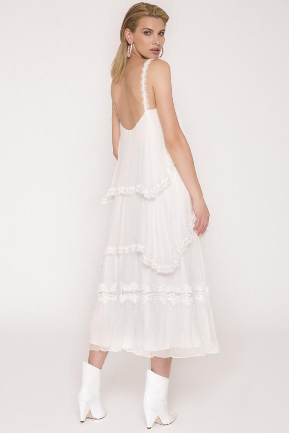Jedwabna sukienka maxi z koronkowymi detalami