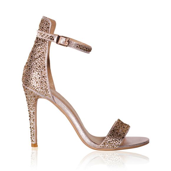 Eleganckie sandały z błyszczącymi detalami