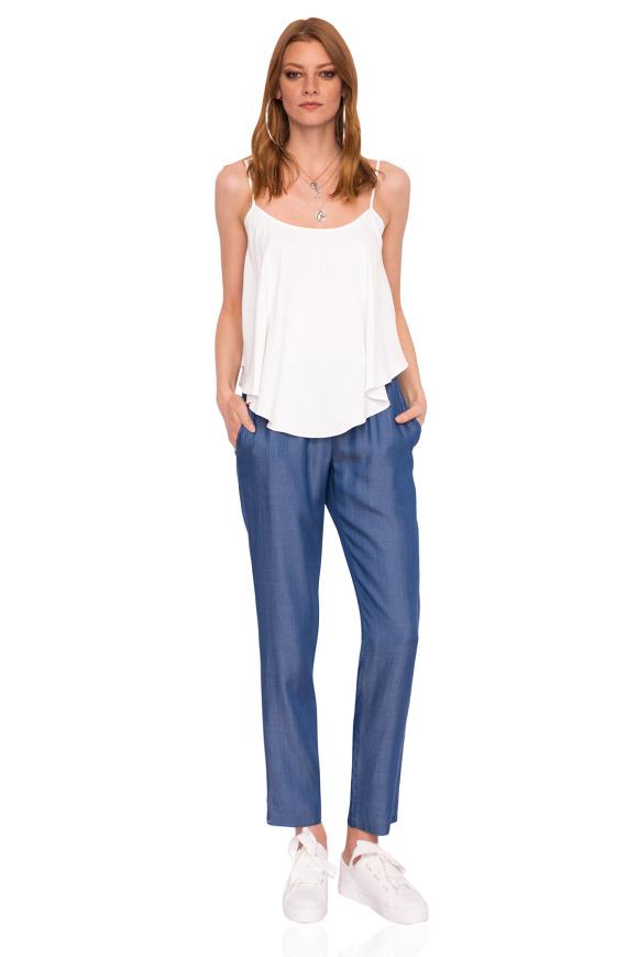 Luźne spodnie jeansowe