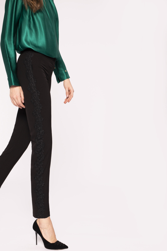 Embroidered side tape trousers