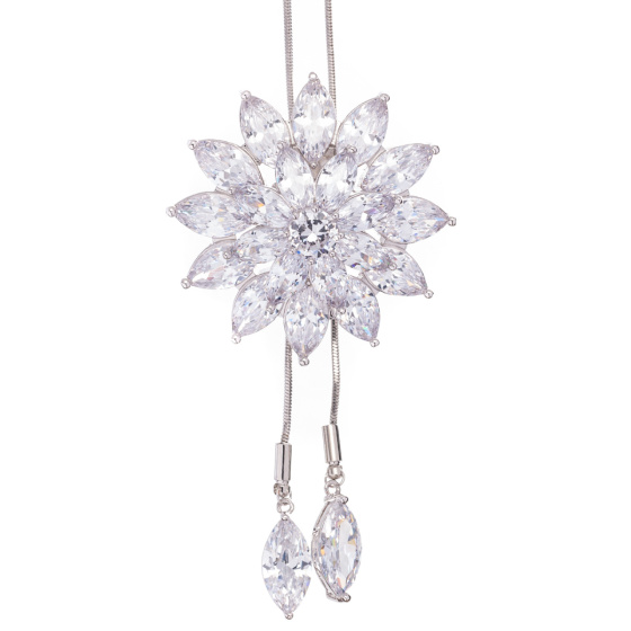 Elegancki naszyjnik z kwiatkiem