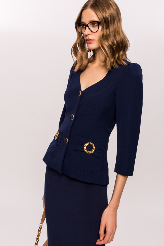 Slim jacket with pocket applications