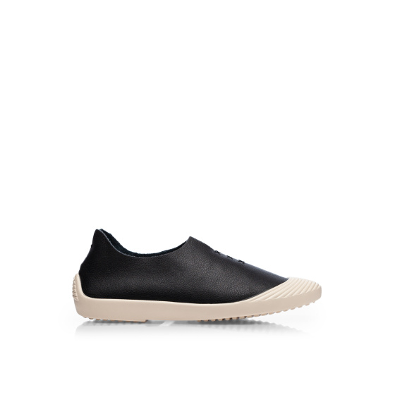 Natural leather sport shoes
