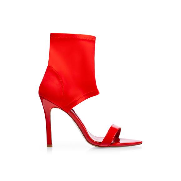 Sandały z elastyczną tkaniną