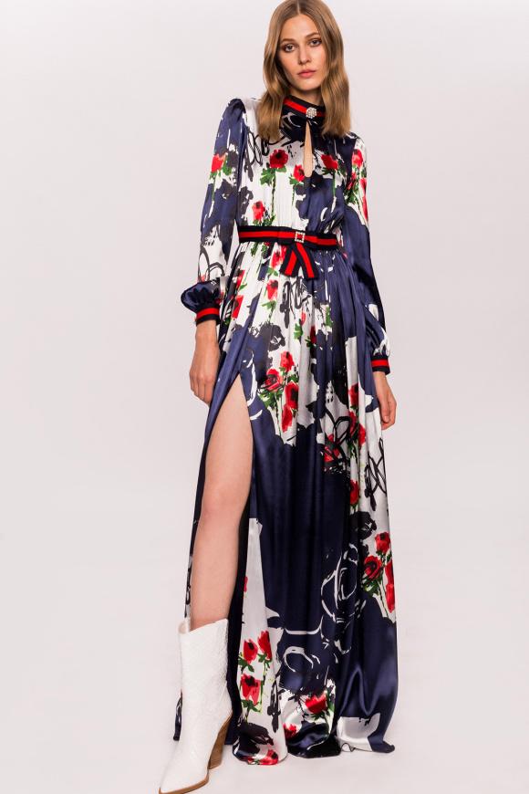 Sukienka w kwiaty z bocznym rozcięciem