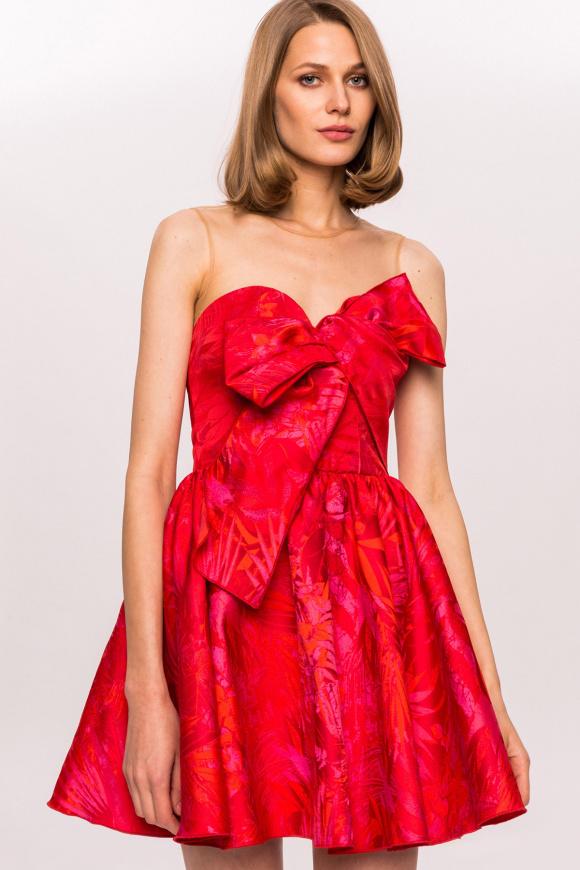 Sukienka mini z kwiatowym nadrukiem i kokardką na piersi
