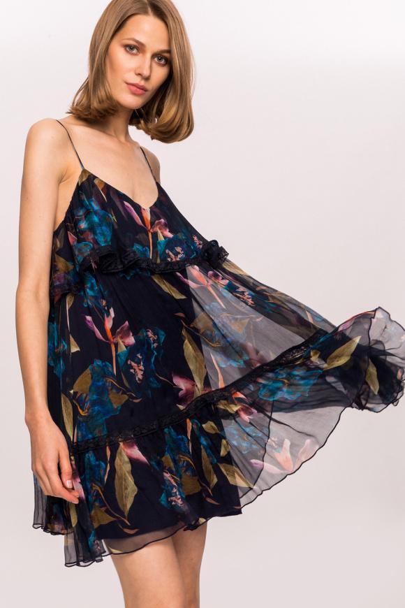 Jedwabna sukienka w kwiaty z koronkowymi detalami