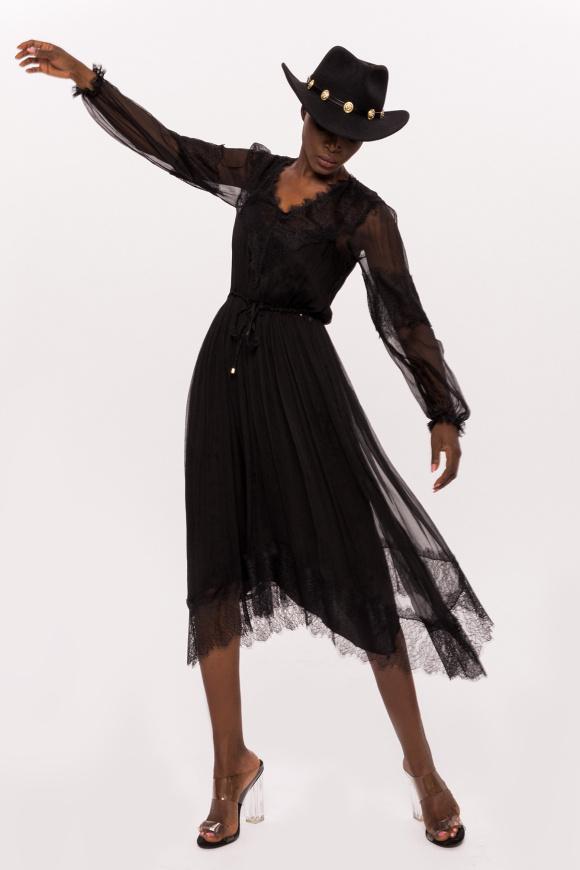 Jedwabna sukienka z długimi rękawami