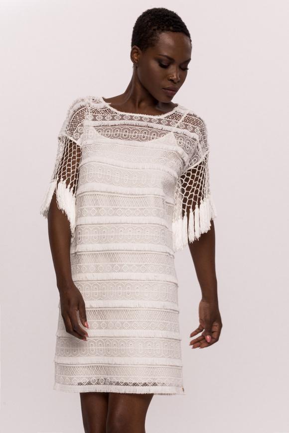 Sukienka z haftem i frędzlami