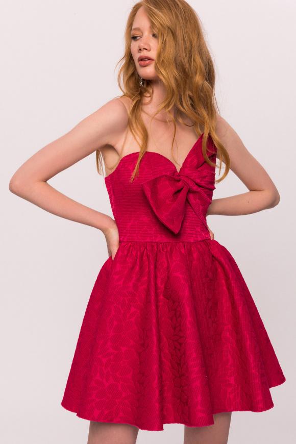 Sukienka mini z wstawkami z tiulu