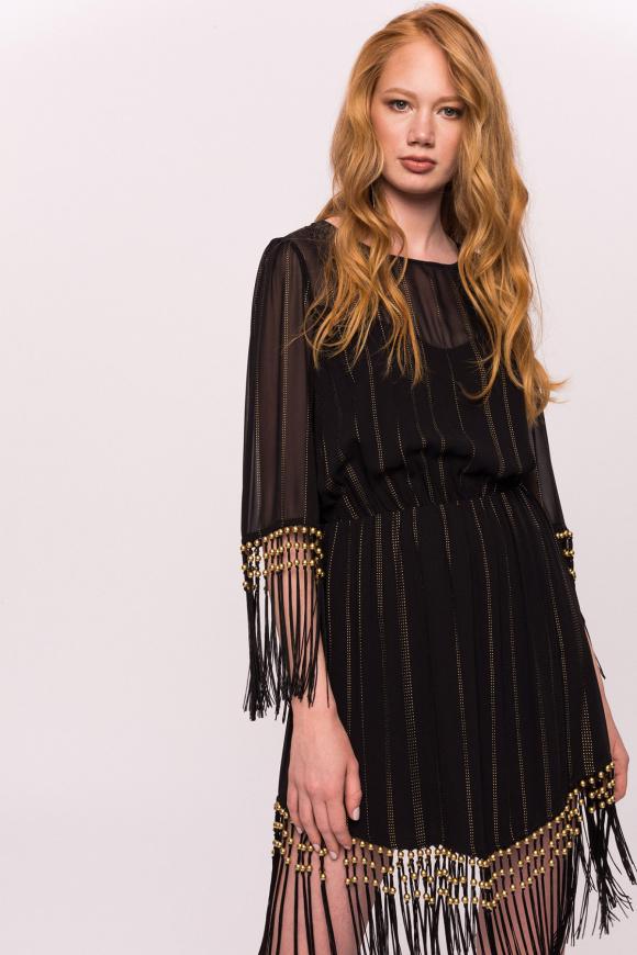 Sukienka ze złotą nicią i frędzlami