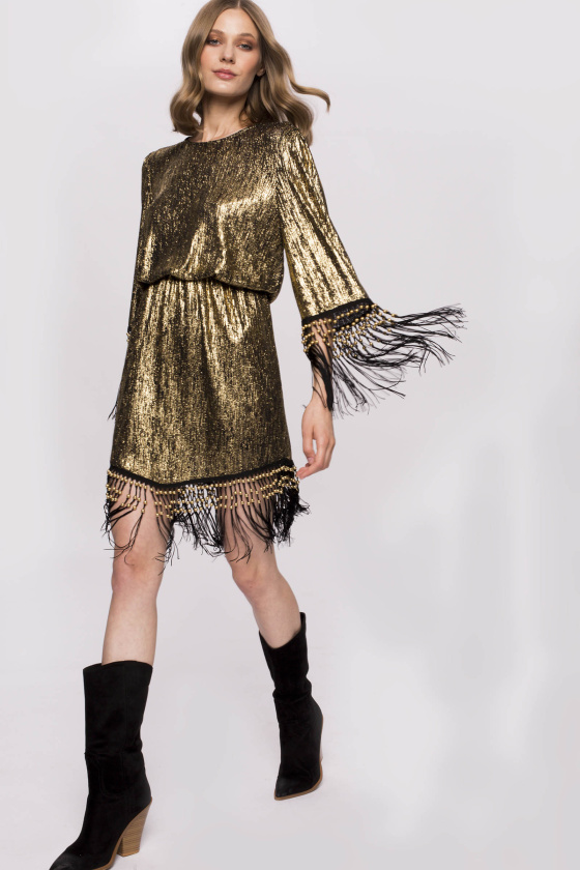 Złota plisowana sukienka