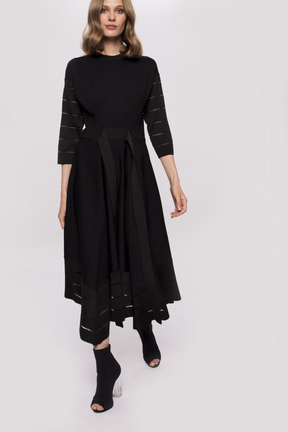 Asymetryczna sukienka midi z paskiem