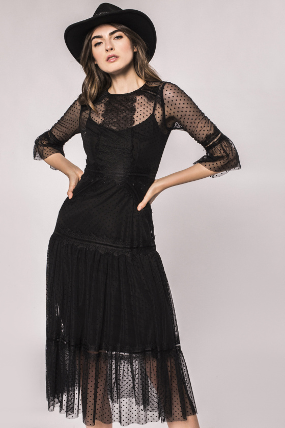Transparent insert lace dress
