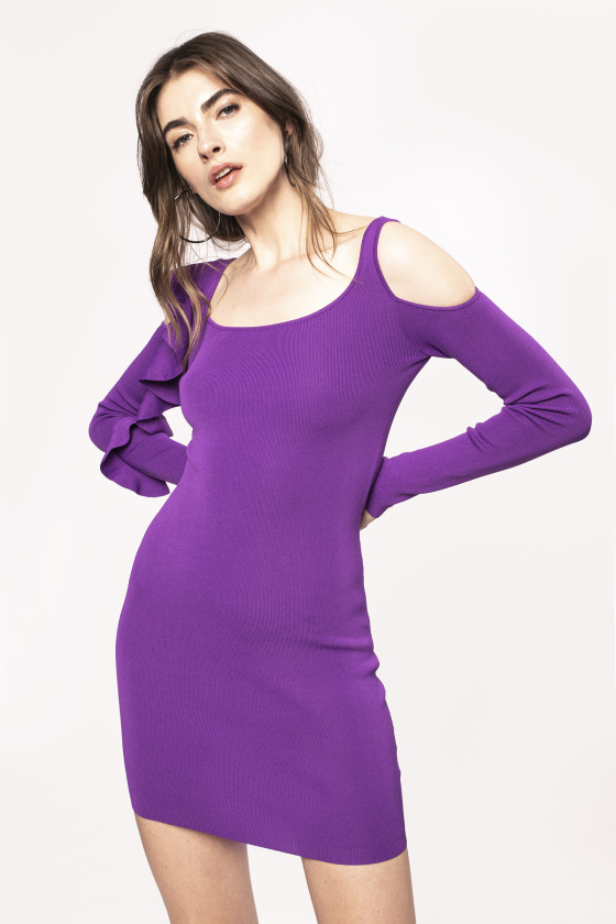 Body-con elastic dress