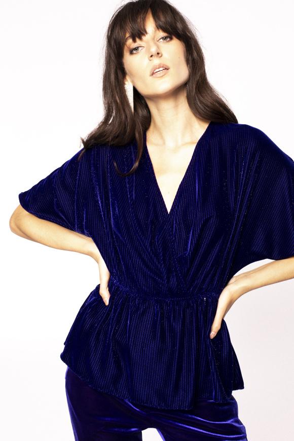 V-neck shiny applique blouse