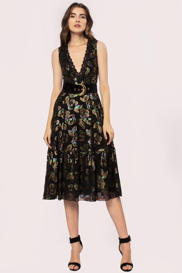 V-neck floral embroidery dress