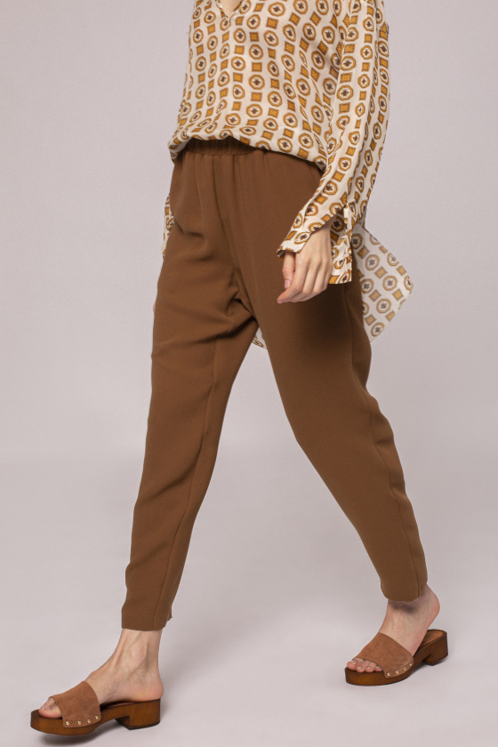 Drawstring waist trousers