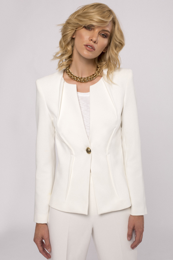 Button-front fitted blazer
