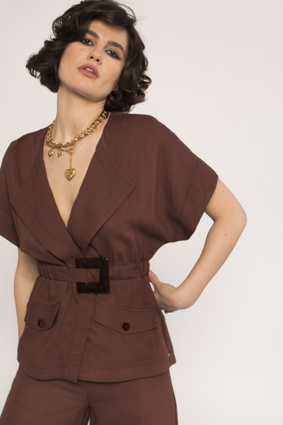 Short-sleeved viscose jacket