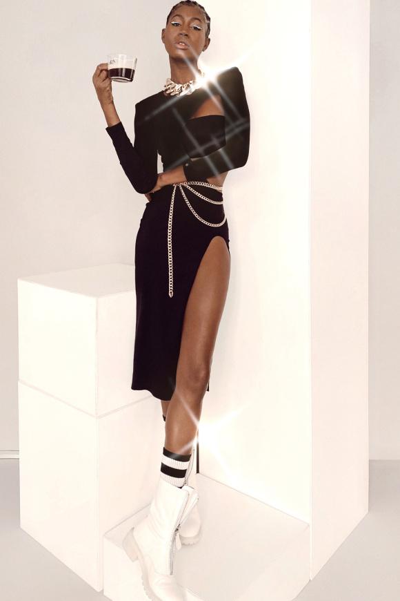 Shoulder-pads dress