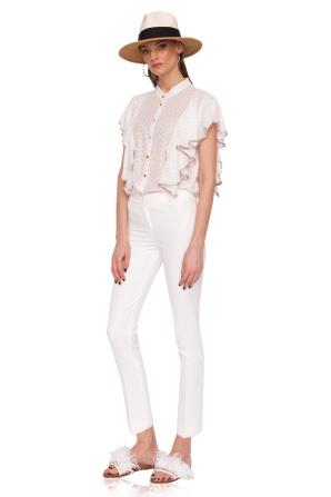 Klasyczne spodnie o średniej talii