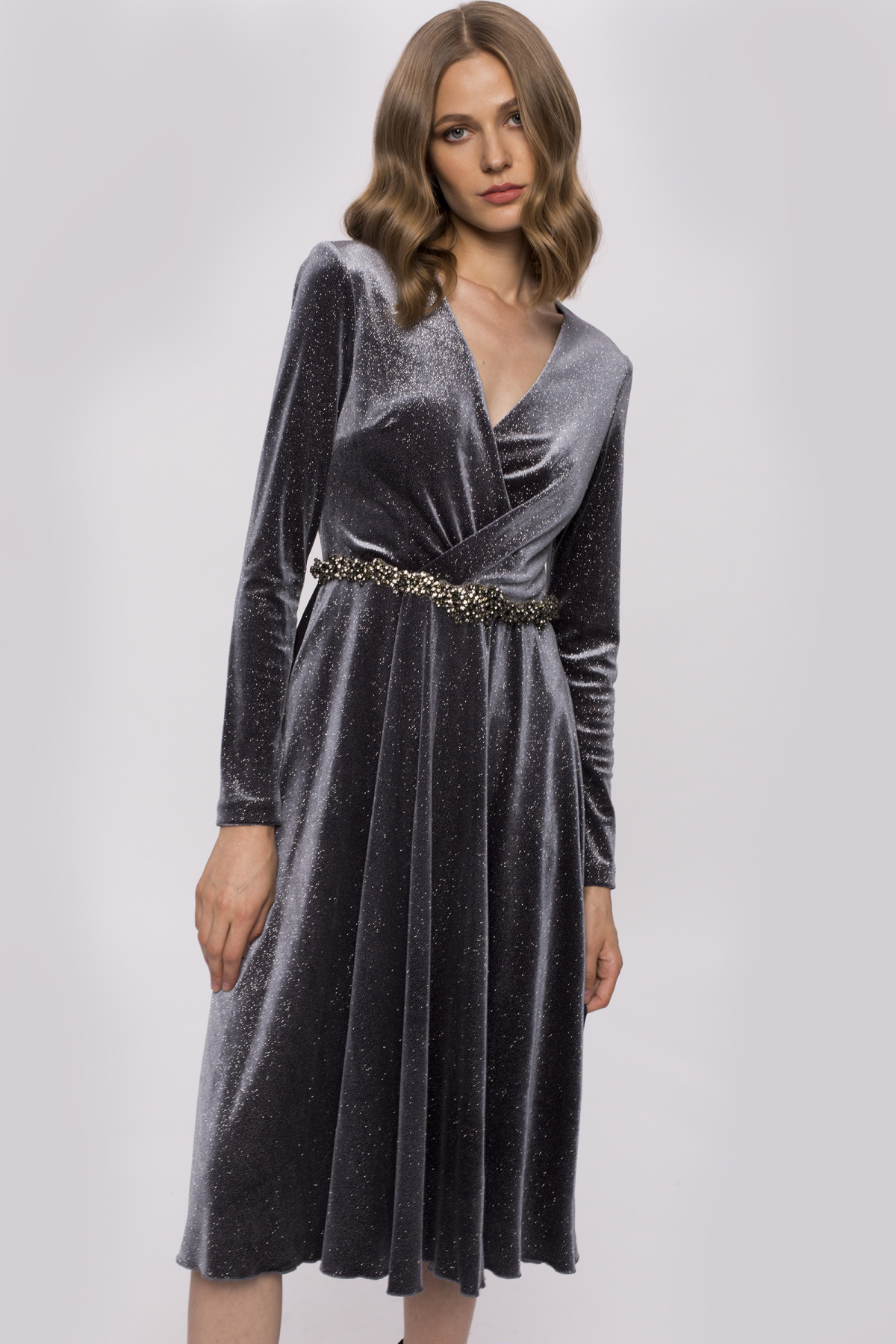 Aksamitna sukienka midi | RS10192 | NISSA